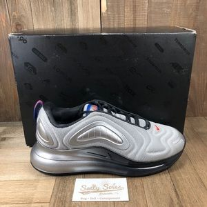 NEW Nike Air Max 720 Silver Womens Size 10